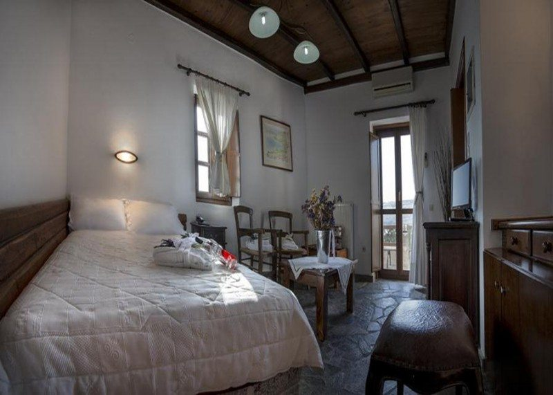 ξενοδοχεια στο Λιμενι της Αρεοπολης, στη Μανη